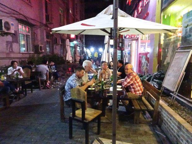 2016-06-09 Dinner back streets Beijing