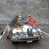 2016-06-12 Great Wall & Boys over the bonnet at